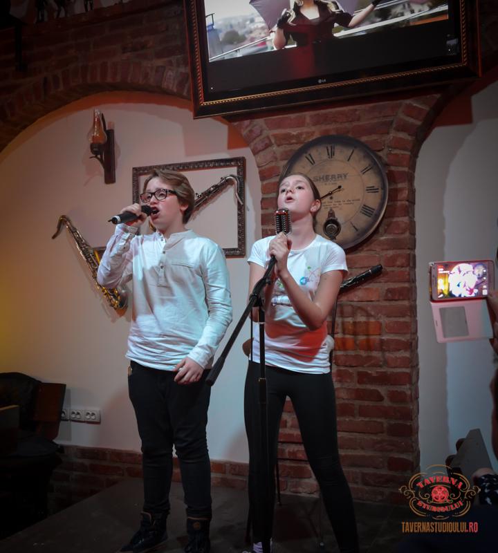 karaoke-4