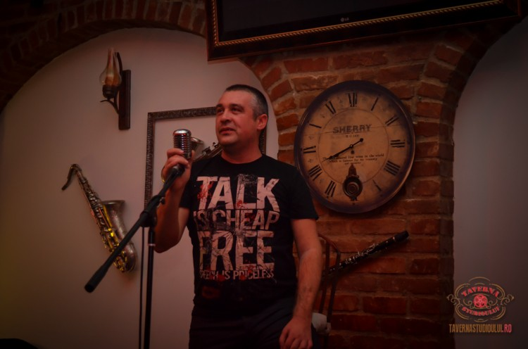 karaoke-7