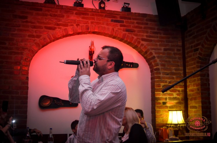 karaoke-16