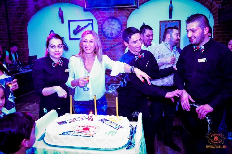 5 ani de Taverna 65